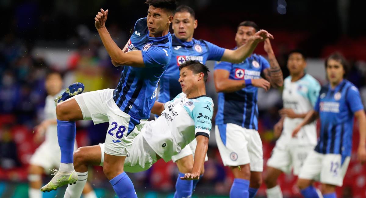 Cruz Azul cayó doblegado a manos de Mazatlán. Foto: EFE