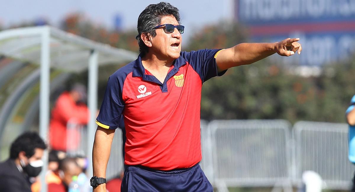 Javier Arce no es más técnico de Atlético Grau. Foto: FPF