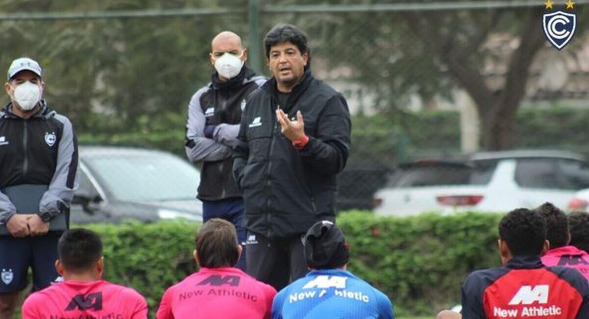 Víctor Rivera. Foto: @Club_Cienciano