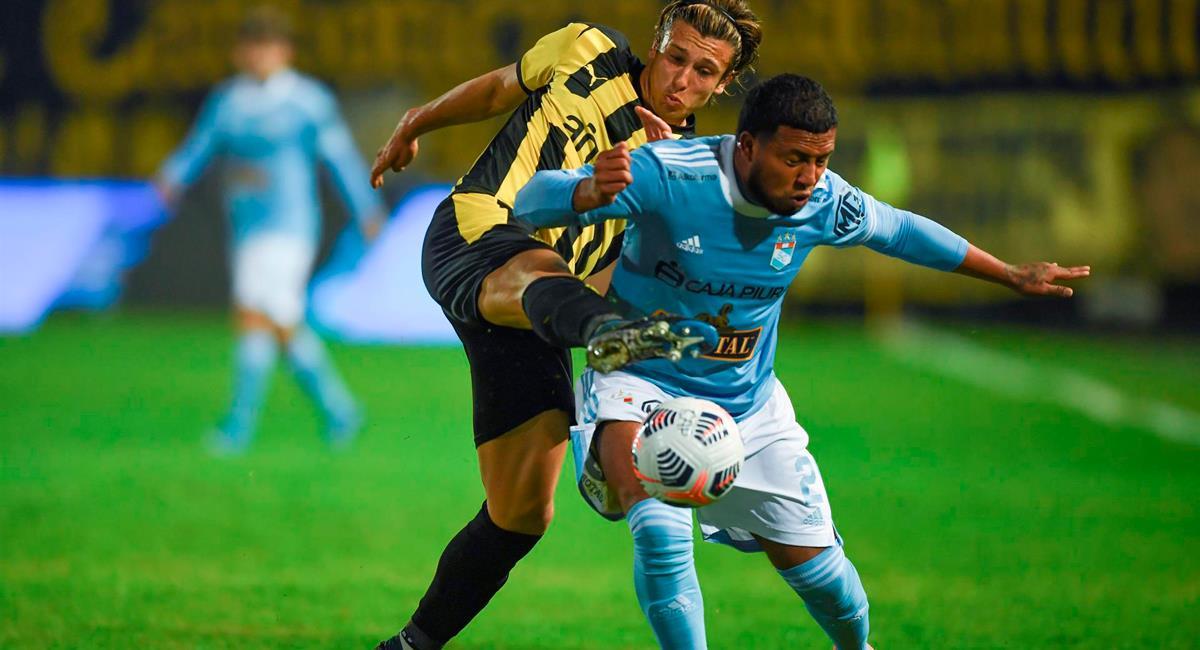 Sporting Cristal no pudo lograr revertir el marcador frente a Peñarol. Foto: EFE