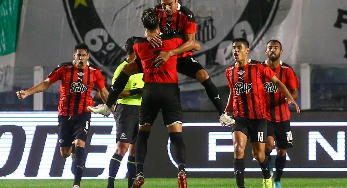 Libertad quiere revertir el marcador en casa ante Santos. Foto: EFE