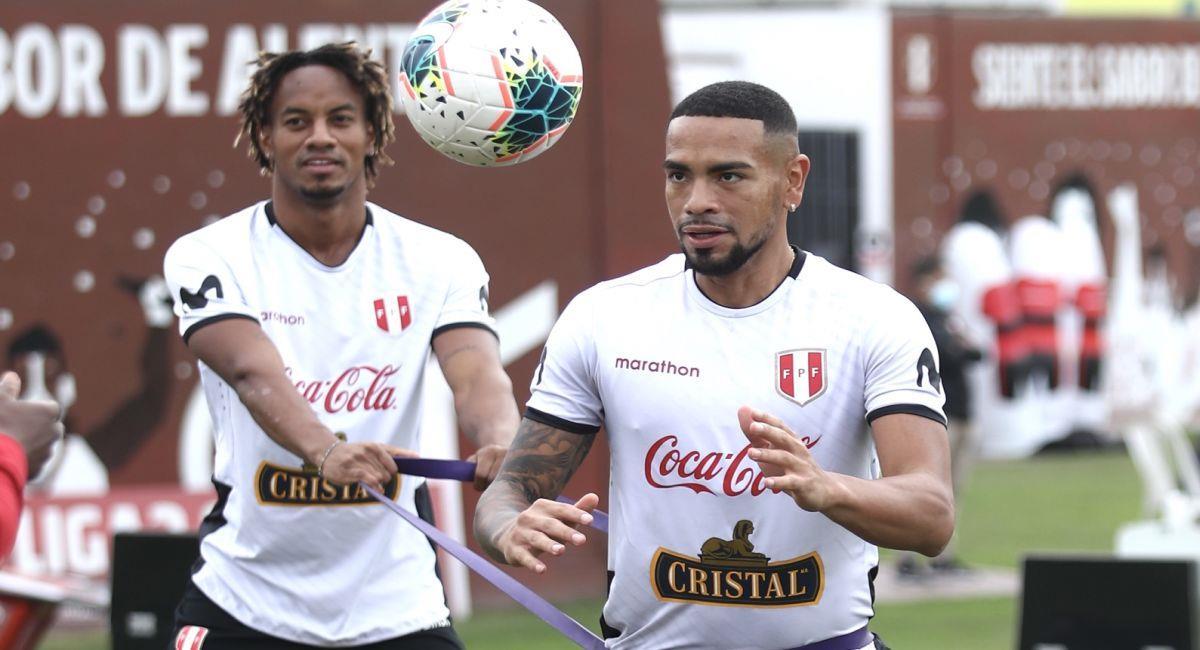 Alexander Callens en el entrenamiento de la Selección Peruana. Foto: FPF