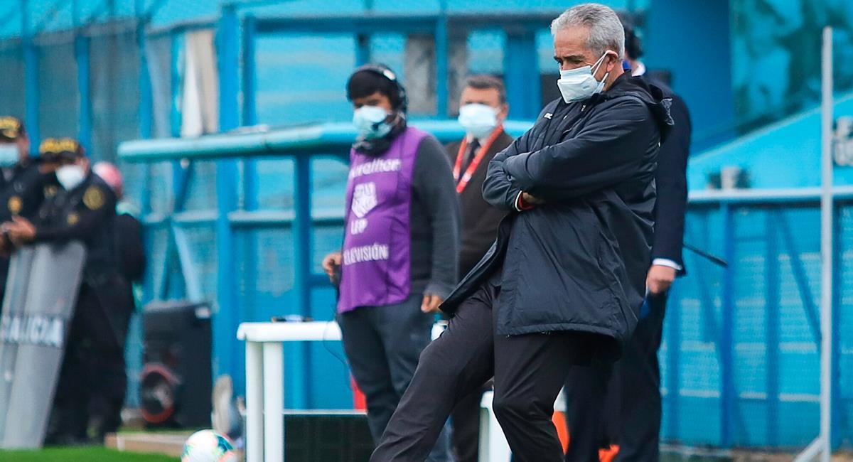 Gregorio Pérez se ilusiona con meter a Universitario en una Copa Internacional. Foto: FPF