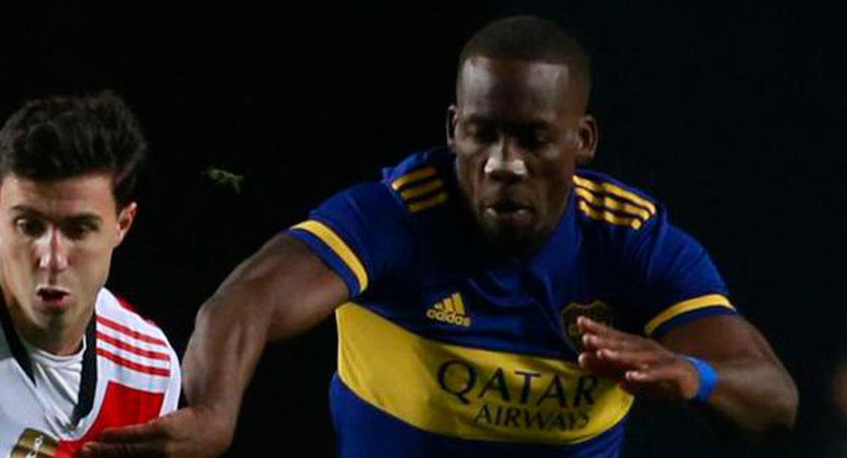 Luis Advíncula en Boca Juniors. Foto: Captura