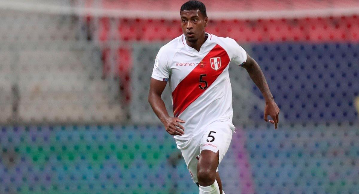 Miguel Araujo volvería a la lista de convocados para la fecha triple de octubre. Foto: Twitter