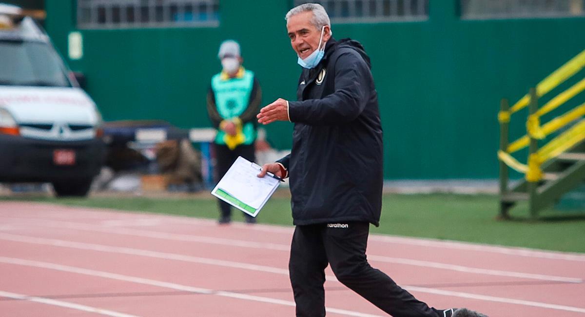 Gregorio Pérez resaltó triunfo ante Sport Huancayo. Foto: FPF