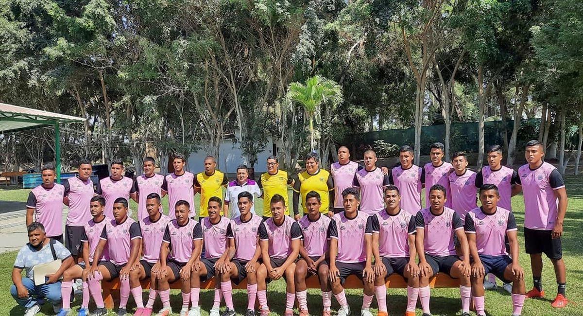El plantel de Juventud Cautivo de Huancabamba. Foto: Facebook Club Juventud Cautivo